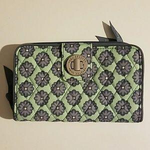 Vera Bradley Nomadic Blossoms turn key wallet